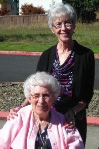 Dorothy and Gail DSCN2671